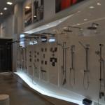 Exposicion de griferias de todo tipo, duchas, columnas, rociadores, spas, en Zaragoza