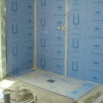 sistema de ducha a ras de suelo listo para revestimiento
